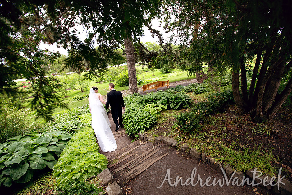 An Ottawa Wedding At The Experimental Farm And St Anthony