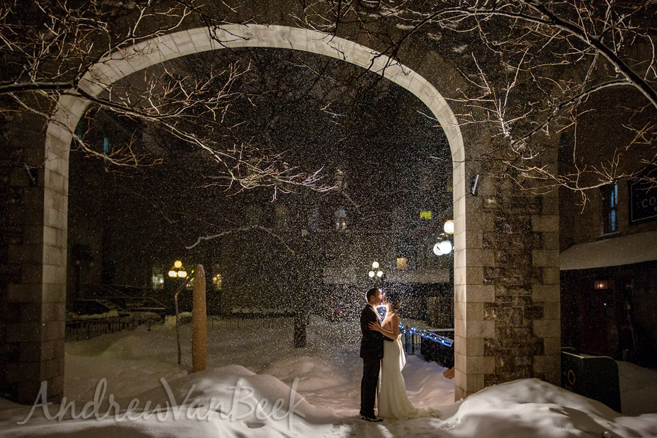 A Courtyard Winter Wedding (13)