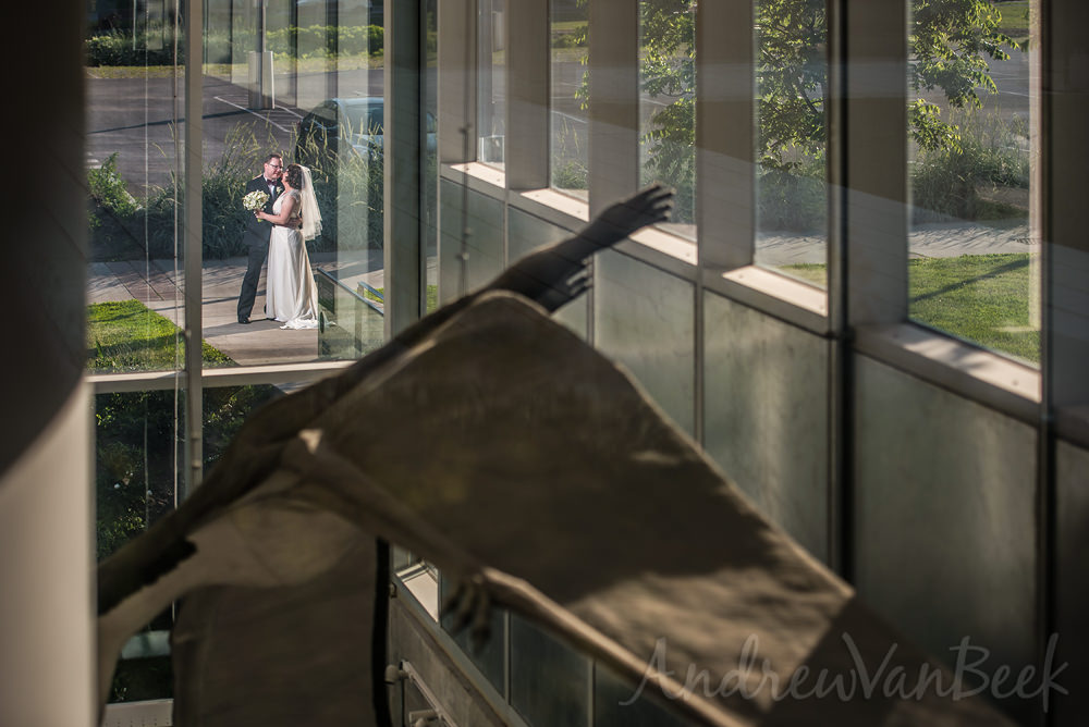 A Museum of Nature Wedding in Ottawa Canada. Photos by Andrew Van Beek www.andrewvanbeek.com