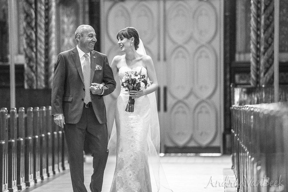notre-dame-bascilica-wedding-05