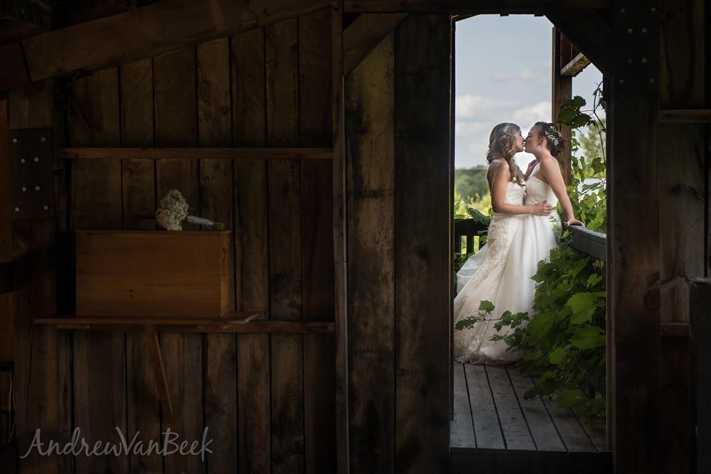 Ottawa-Best-Wedding-Photography-31