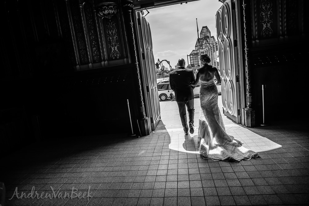 Notre-Dame-Mill-Street-Wedding-23